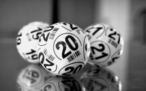Huayเผยความลับเลขเด็ดดวงวันเกิด งวดวันที่ 16 เมษายน 2564
